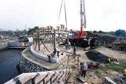 萬福宮的構建復原工程,因沒有拆除計畫導致困難重重。